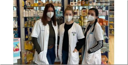 Die Mitarbeiterinnen und Mitarbeiter der Rankweiler Marien-Apotheke sind seit Monaten im Dauerstress.Marienapotheke