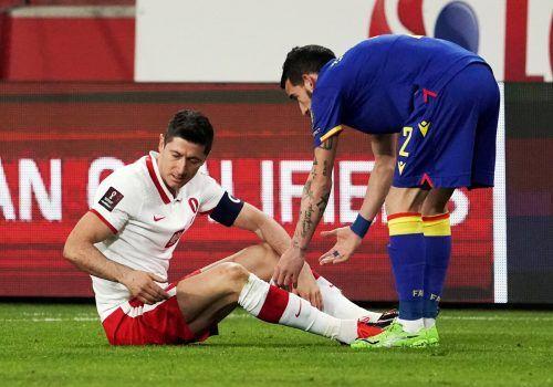 Eine Bänderverletzung im Knie stoppt Robert Lewandowski.Reuters