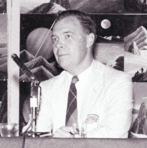 Hal Clement (1922–2003) gilt als typischer Vertreter der Hard Science Fiction.slomuse