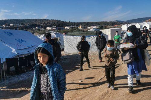 Hilfsorganisationen kritisieren die Lebensbedingungen der Menschen in den Aufnahmelagern. AFP