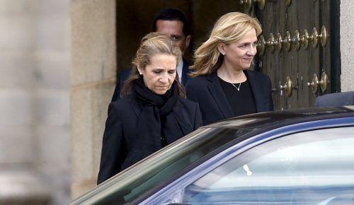 Infantin Cristina und Infantin Elena werden in Spanien heftig kritisiert. Rts