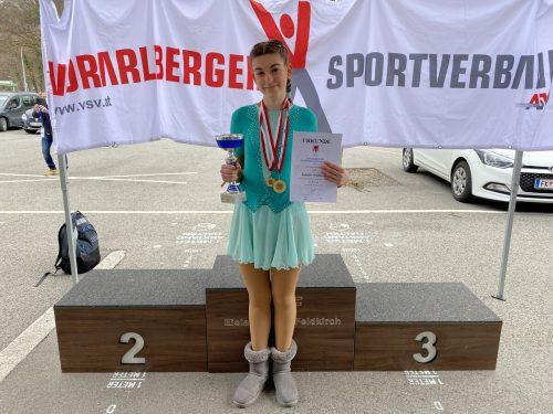 Landesmeisterin in der Gruppe Advanced Novice: Isabelle Nachbauer.FEV