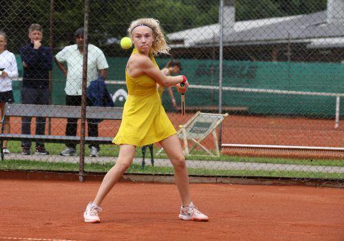 Laura Fuchs holte ohne Satzverlust ÖM-Gold im U-16-Doppel.VN/DS