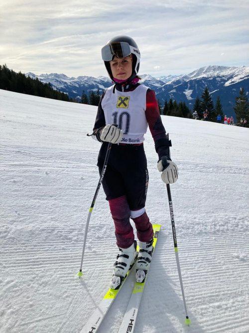 Leonie Handlos konnte sich bei ihrem ersten Start über Rang vier freuen. MH