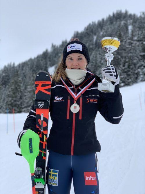 Marie Therese Haller holte Gold im RTL und wurde Vizemeisterin im Slalom.