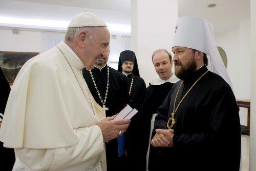 Metropolit Hilarion Alfeyev freut sich über die Übereinstimmung mit der jüngsten Erklärung der vatikanischen Glaubenskongregation. AP