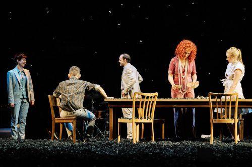 """Mit """"Alle meine Söhne"""" könnte am Landestheater gestartet werden. Doch die Vereinbarung, dass Kulturhäuser mit der Gastro öffnen dürfen, gilt nicht mehr. LT/Köhler"""