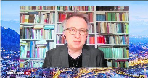 """Peter Klien als Gast der Sendung """"Vorarlberg LIVE"""" von vol.at und vn.at: """"Satire darf alles, bis auf zwei Sachen, das Strafrecht brechen und langweilig sein."""""""