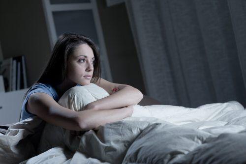 Schlafstörungen können zur Qual werden. Oftmals schaffen einfache Rituale Abhilfe. Shutterstock