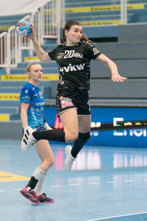 SSV-Flügelspielerin Marie Huber und Co. stehen unter Druck.VN/DS