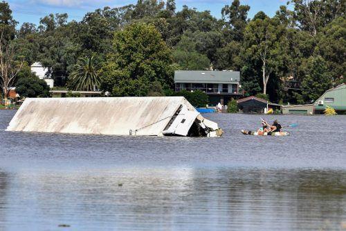 Trotz Wetterbesserung in Teilen der Region gibt es noch keine Entwarnung. AFP