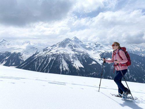 Ab dem Kristbergsattel braucht man Schneeschuhe oder Tourenskier. Im Hintergrund ist das Hochjoch zu sehen. Oliver Ihring