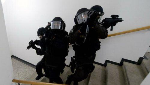 Am Samstagabend wurde in Rankweil das Einsatzkommando Cobra alarmiert. Symbol/APA