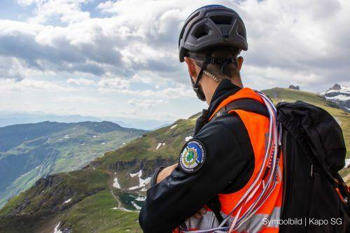 An der Suchaktion waren neben der Alpinen Rettung auch die Kantonspolizei und die Rega beteiligt. KAPO