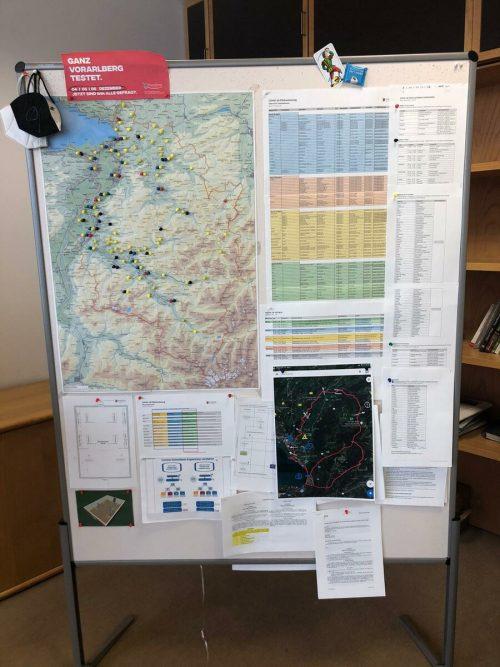 Auf der Vorarlberg-Karte wird jede Teststation farblich markiert.