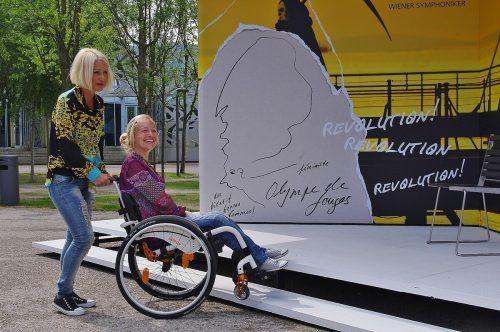 """Beim Projekt """"Helping Hands"""" sollen Kulturbesuche für Menschen mit Behinderung erleichtert werden.cth"""