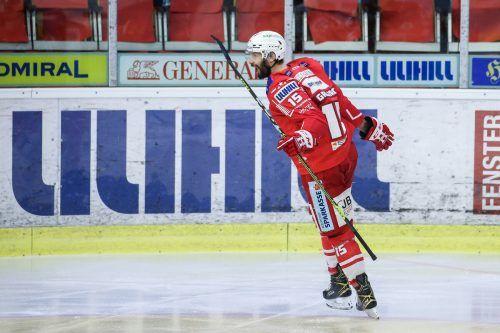 Blaz Gregorc schoss den KAC gegen Bozen zum dritten Sieg.gepa