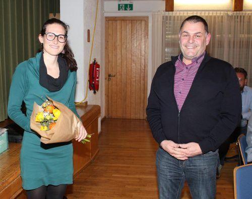 Bürgermeister Martin Konzet freute sich, Gemeindeärztin Dr. Anna Zech in Bludesch willkommen heißen zu können.VN/JS