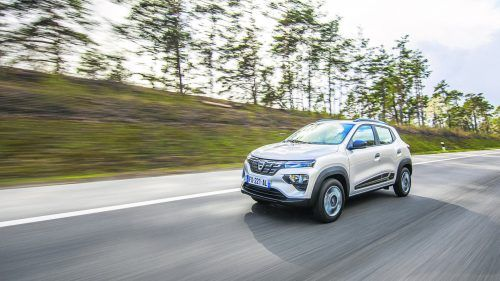 Dacia Spring Electric: Zitiert optisch den Duster, ist gefühlt kräftiger als 44 PS.werk
