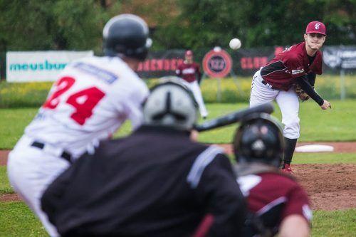 Das erste der insgesamt zehn Ländle-Derbys in der Divion West der Baseball-Bundesliga steigt am Sonntag ab 13 Uhr im GRAWE-Ballpark zwischen den gastgebenden Feldkirch Cardinals und den Hard Bulls.Steurer