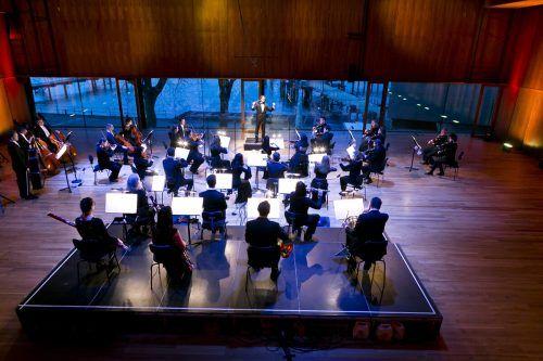 Das Symphonieorchester Vorarlberg unter Emmanuel Tjeknavorian bei den Aufnahmen für das Projekt.sov/Mathis