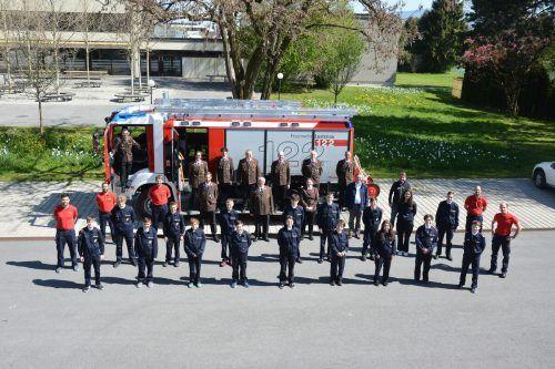 Der Feuerwehrnachwuchs in Lustenau bewies sein Wissen und bestand vor der Prüfungskommission.bvs (2)