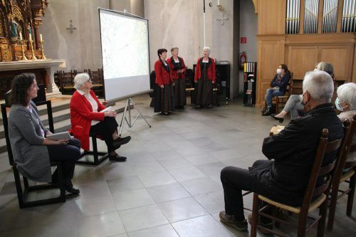 Der Gameplüner Dreigesang – Hildegard Mähr, Helene Tiefenthaler und Elfriede Ganahl – sorgte für die musikalische Umrahmung. HE