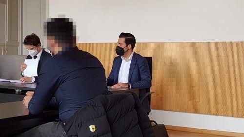 Der junge Angeklagte zeigte sich vor Gericht einsichtig und wirkt in der Therapie aktiv mit, deshalb keine Einweisung. ECKERT