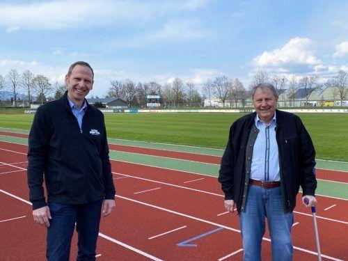 Der neue VFL-Präsident Michael Riedmann (l.) und sein Vorgänger Werner Ströhle.VFL