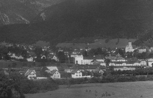 Der Stadtteil Mokry zwischen Bahnhof und Ill mit Blick Richtung Bludenz.Stadtarchiv