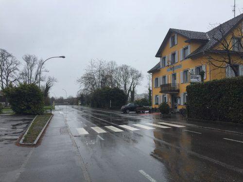 Der Tatort: Die Landstraße in Hard im Bereich des Gasthaus Sternen.vn/sohm