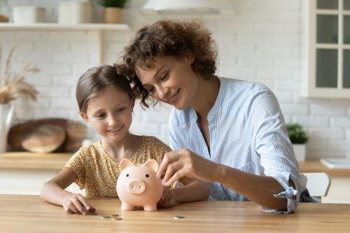 Die Arbeit der Mütter wäre nicht mit Geld aufzuwiegen. Shutterstock