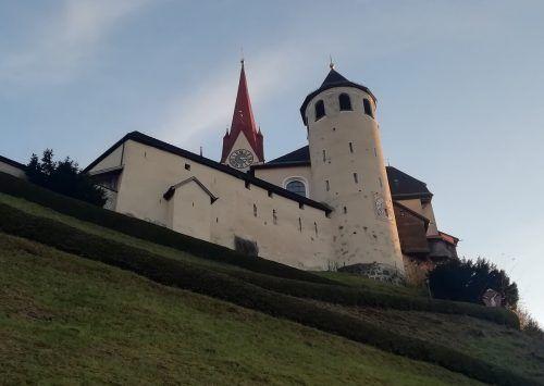 Die Basilika am Liebfrauenberg ist seit dem Jahr 1929 am 1. Mai das Ziel des Landeswallfahrtstages.Mäser