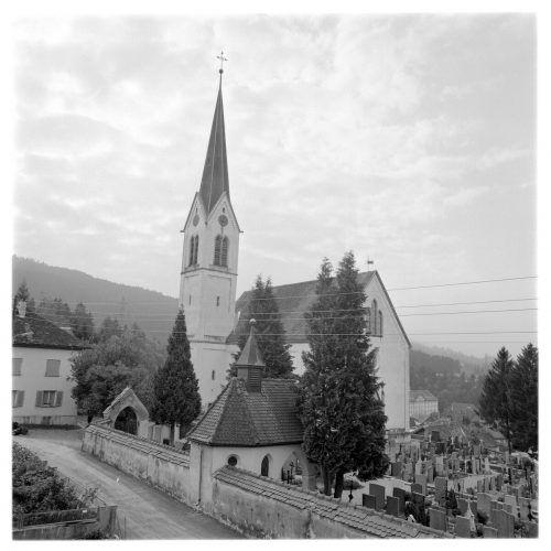 Die Kennelbacher Kirche im Jahr 1973.