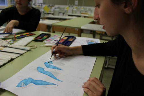 Die Mode-Schülerinnen der HTL Dornbirn entwickeln ihre Fähigkeiten stets weiter.