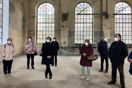 """Die Schwarzacher Kneippianer besuchten die Ausstellung """"The Sea of Darkness"""" im Kunstraum Dornbirn.KAC Schwarzach"""