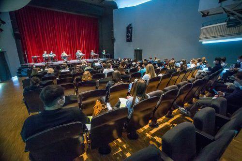 Die Sitzung des Schülerparlaments fand heuer im Vorarlberger Landestheater statt.Vn/Steurer