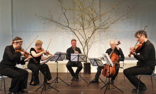 """Epos:Quartett mit Matthias Schorn und Klaus Christa zum Auftakt der Reihe """"Musik in der Pforte"""" in Feldkirch. ju"""
