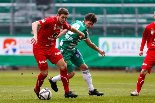 Felix Gurschler entwickelte sich im Frühjahr zu einer wichtigen Stütze im Spiel des FC Dornbirn. Der 23-jährige Abwehrspieler glänzt mit gutem Stellungsspiel.gepa