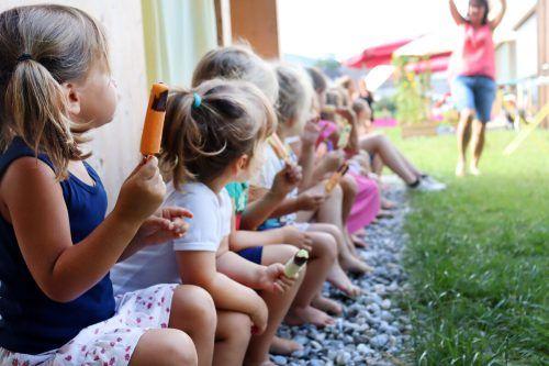 Für den Sommer 2021 sind 85 Kinder im Alter von einem bis zehn Jahren zur Ferienbetreuung im Kinderhaus Kennelbach angemeldet. Kinderhaus