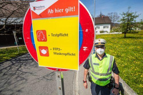 Gemeindepolizist Werner Tomasini setzt auf Aufklärung.
