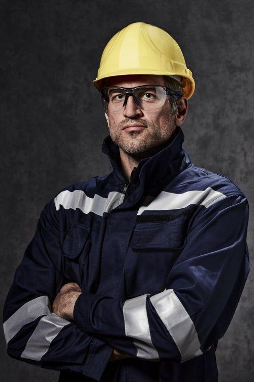Hartlauer hat die neuartige Schutzbrille Jill Worker entwickelt. hartlauer