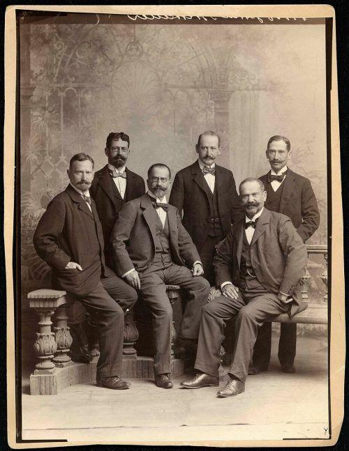 Hermann, Ferdinand, Carl, Eugen, Josua und Gustav Brettauer. jm