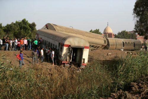 In Banha nördlich von Kairo entgleisten vier Waggons eines Personenzugs. REUTERS