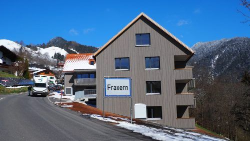 Insgesamt 20 Mietwohnungen sind im ersten gemeinnützigen Wohnbau der Gemeinde Fraxern entstanden.