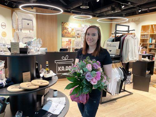 KADO-Inhaberin Sabrina Bösch freut sich über die gelungene Eröffnung im Messepark.FA