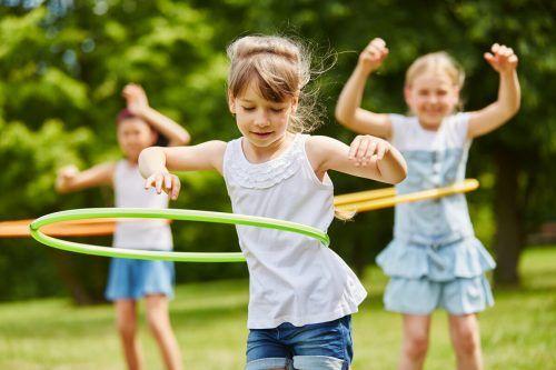 Land fördert Kinderbetreuungsangebot im Sommer. Shutterstock