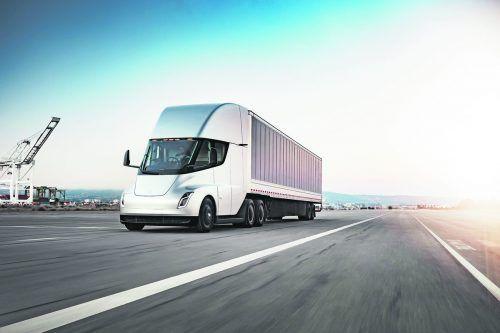 Laut Tesla-Geschäftsbericht soll noch Ende 2021 der erste Lkw Tesla Semi ausgeliefert werden. Foto: Tesla