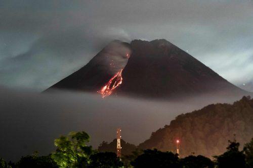 Indonesiens aktivster Vulkan ist wieder ausgebrochen. afp