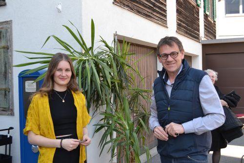 Melanie Ellensohn und Landtagsabgeordneter Christoph Thoma.